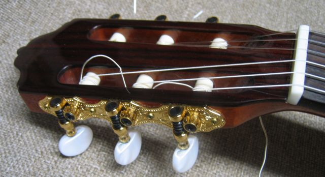 Deluxe Tuners on Octave Guitar