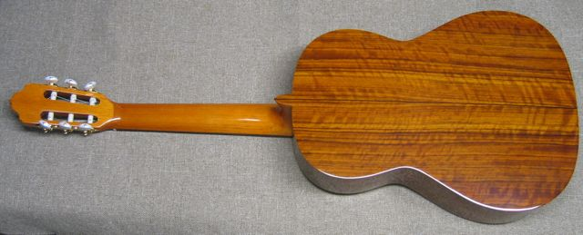 Photo of Back of R.Fernandez 40 Guitar